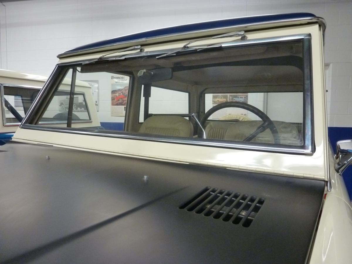 Ford Excursion 2015 >> 1966-1977 Ford Bronco Windshield Frame Trim, Set-Broncograveyard.com