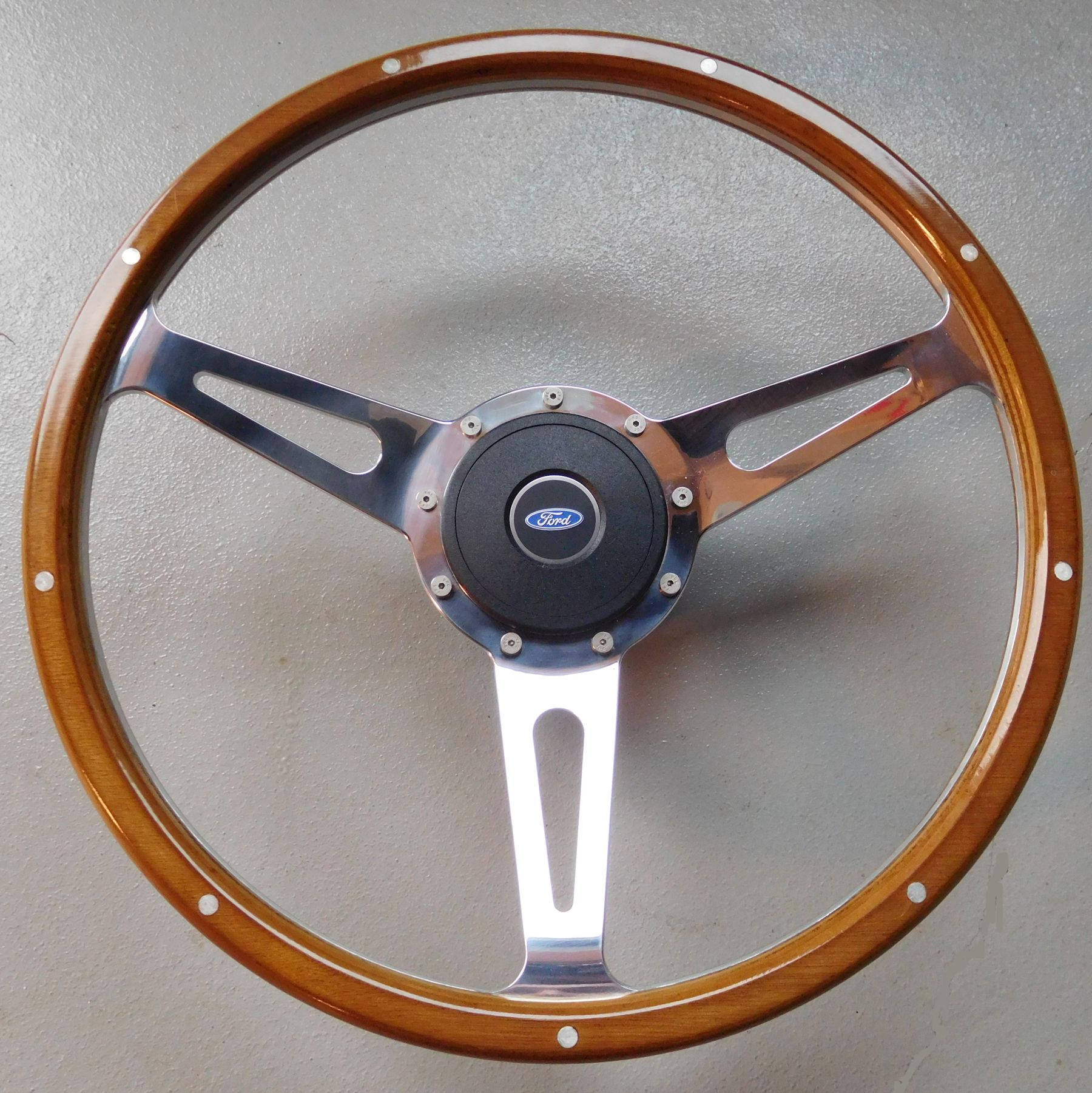 Wood Feroce 15in Steering Wheel 9 Hole Kit 1966 72