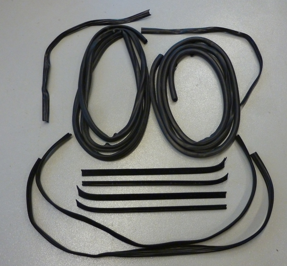 Windshield Rubber Weatherstrip Seal for 1967-1979 Ford F-Series