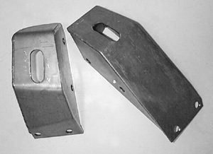 Motor mount towers 302 351w pair for Ford motor credit franklin tn