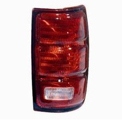 97-02 Taillight RH Expedition