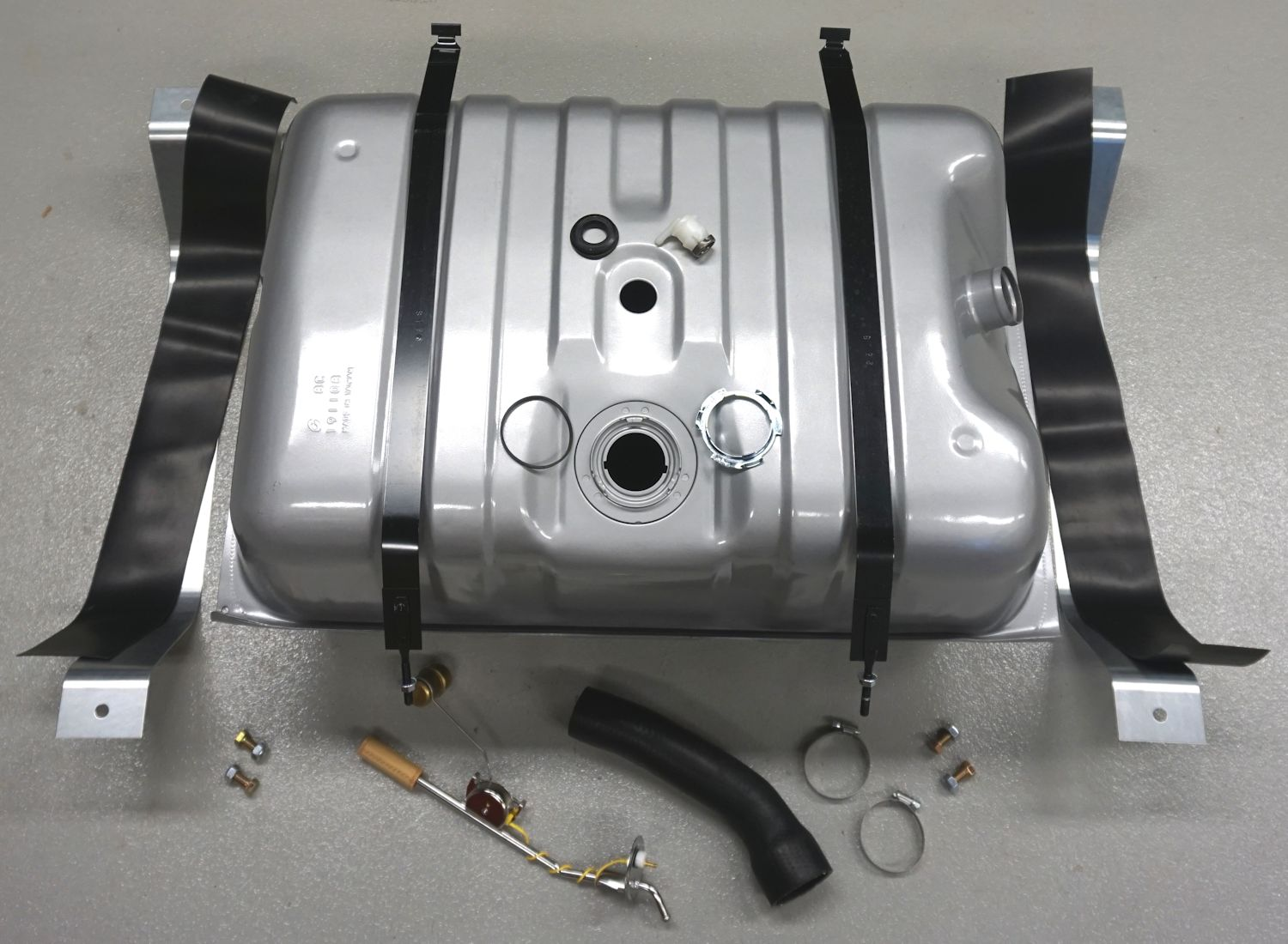 Steel 33 Gallon Fuel Tank for 1980-1986 Ford Bronco