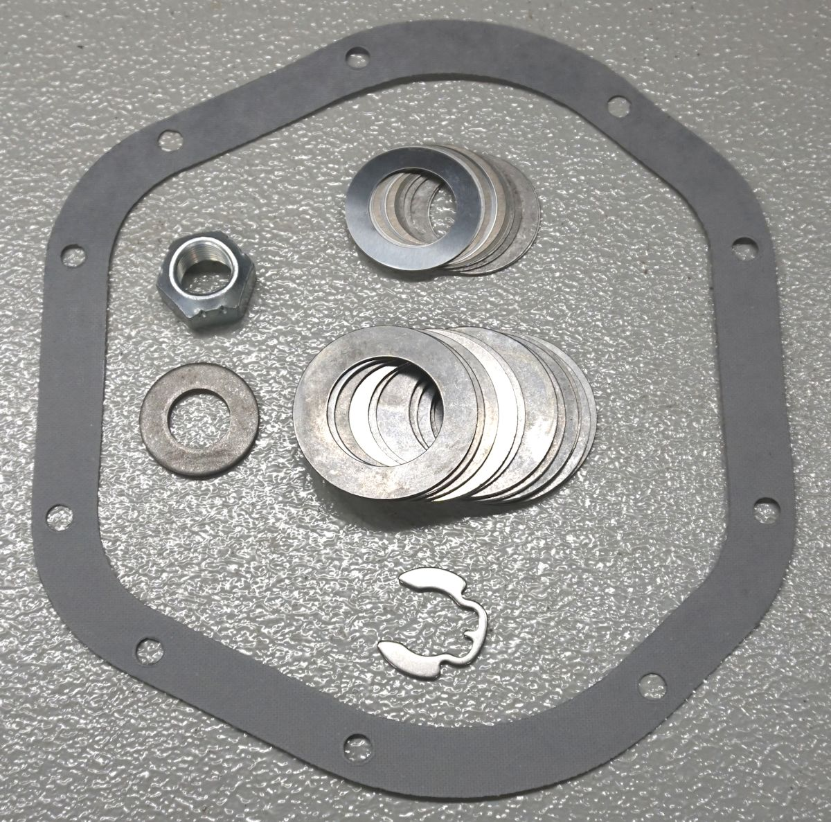 D44 93up OE Spicer Pinion Bearing Adjustment Shim Kit